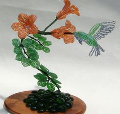 French beaded hummingbird and trumpet vine display by Budding Creations, via Flickr
