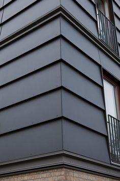 EQUITONE [natura] panels in shiplap. Corner detail.