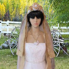 Burlap Wedding Veil  by AVCustomDesigns, $150.00 http://www.etsy.com/listing/180913078/burlap-wedding-veil-bridal-veil-rustic?utm_source=Pinterest&utm_medium=PageTools&utm_campaign=Share