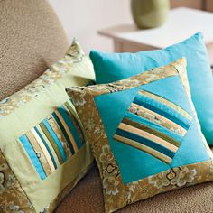 Fabric scraps take center stage on this pair of geometric pillows. A quick stitch-and-flip method brings together narrow fabric strips to create a delightful pillow duet. Handmade Pillows, Decorative Pillows, Large Pillows, Green Pillows, Contemporary Pillows, Traditional Pillows, Patchwork Cushion, Deco Originale, Geometric Pillow