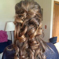 """#bridesmaidhair style by @_soulace_ ! ✨#yegstylist #stylesandthecity #weddinghair  #weddingstyle"" Photo taken by @jigsawforhair on Instagram, pinned via the InstaPin iOS App! http://www.instapinapp.com (07/11/2015)"