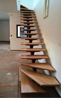 36 Stunning Wooden Stairs Design Ideas You are in the right place about Stairs landscape Here we offer you the most beautiful pictures about the Stairs carpet you are looking for. When you examine the Home Stairs Design, Railing Design, Interior Stairs, House Design, Steel Stairs Design, Staircase Design Modern, Curved Staircase, Modern Design, Loft Stairs