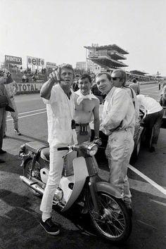 Steve McQueen | Back Set Le Mans | 1971 | as Michael Delane