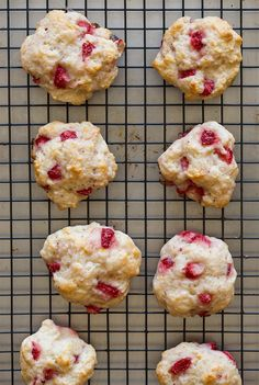 Every summer needs a good strawberry shortcake recipe! Try a new twist on the classic dessert with these Strawberries Shortcake Cookies with a vanilla glaze from Spoon Fork Bacon.