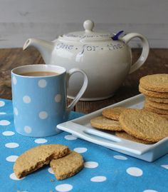 You'll love this Digestive Biscuits Recipe. Choose the healthy sugar free option or sweeten with golden syrup and cover with dark chocolate - delicious whichever way you choose and so much better than shop bought ! Healthy Sugar, Healthy Desserts, British Biscuit Recipes, Vegetarian Nut Roast, Cookie Recipes, Dessert Recipes, Yummy Recipes, Recipies, Healthy Biscuits