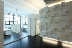 Toolbox / Caterina Tiazzoldi Toolbox / Torino Office Lab & Co-working – ArchDaily Interior Design Blogs, Interior Ideas, Modern Office Design, Office Furniture Design, Modern Offices, Co Working, Modern Glass, Office Interiors, Corporate Interiors