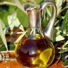 5 masti de fata cu ulei de masline pentru tenul foarte uscat si sensibil Low Carb Diets, Leaky Gut, Wine Decanter, Prawn Curry, Green Peas, Wine Carafe