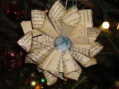 Shamrocks, Sawdust & Pigtails: Paper Ornaments