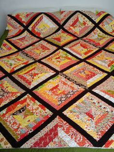 String Quilt - Love the colors in this quilt...