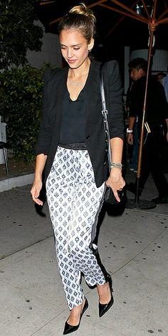 Jessica Alba in print pants