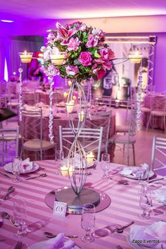 15 anos Luiza Fotógrafo: Tom Dinarte #decor Wedding Centerpieces, Wedding Table, Wedding Decorations, Table Decorations, 50th Party, Sweet 15, 15 Years, Creative, Parties