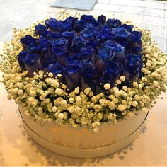 #FlowersInABox #ανθοσύνθεση #ανθοπωλείο #lesfleuristes #διακόσμηση #καπελιέρα #λουλούδια Flower Boxes, Flowers, Window Boxes, Florals, Flower, Flower Containers, Blossoms