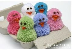 Pom Pom Chicks {Easter Crafts} Kids love pom pom's, so what could be better than making a batch of Easter Chicks out of them! Cute and fluffy… Easter Crafts For Adults, Easter Crafts For Kids, Preschool Crafts, Kids Diy, Pom Pom Crafts, Yarn Crafts, Duck Crafts, Easter Projects, Craft Projects