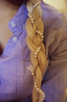 braid pearls in to your plait to instantly transform it from boring to chic!