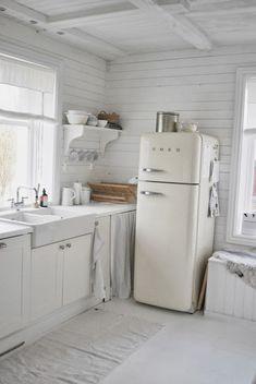 Fritstående køleskab??