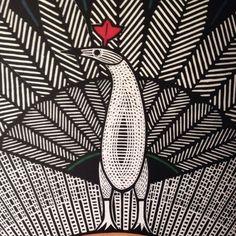 Samico foi um dos grandes pintores, desenhistas e gravuristas, considerado um dos maiores expoentes da xilogravura brasileira. Convidado pelo escritor Ariano Suassuna, integrou o Movimento Armorial, voltado a cultura popular.  Suas gravuras trazem personagens bíblicos, lendas e animais fantásticos. E nessa 32ª Bienal de São Paulo você vai ter a honra de ver ao vivo um recorte do trabalho dessa sumidade. Aproveite o final de semana para dar um pulo lá :) #gilvansamico #arianosuassuna…