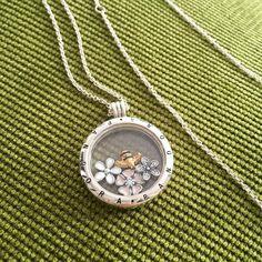 #mypandora #pandora #flowers #bee #SHINE #pandorashine #silver #pandoranecklace #pandorajewelry #pandoragold #pandoralocket