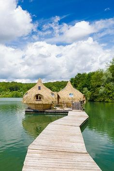 The 10 best glamping sites in France - Tips for your holiday in France - 10 best glamping sites in France – Coucoo Grands Lacs – Franche-Comté - Places To Travel, Places To See, Travel Around The World, Around The Worlds, Grands Lacs, Camping Holiday, Camping Life, Rv Camping, Europe Destinations