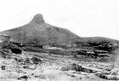 View of Lion's Head from Sea Point - 1910 Table Mountain Cape Town, Cities In Africa, Botany Bay, Pretoria, Most Beautiful Cities, African History, Old Photos, Seaside, South Africa
