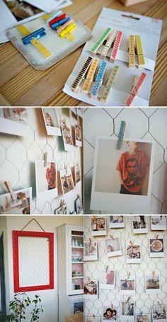 pêle mêle photos à faire soi-même en cadre rouge, filet métallique et pinces décoratives