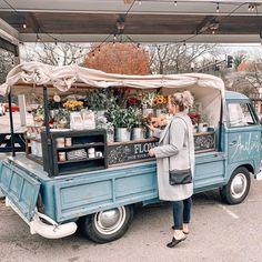 Best Photo-Ops For Your Bachelorette Party In Nashville! — Got Your Bach Flower Truck, Flower Cart, Nashville Bachelorette Weekend, Five Daughters Bakery, Food Truck Design, Bachlorette Party, Farm Shop, Instagram Worthy, Party Photos