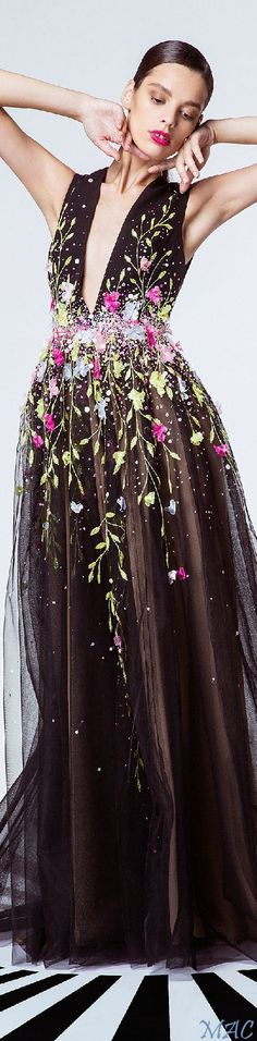 """Spring 2015 Ready-to-Wear Georges Hobeika """"Signature"""""""
