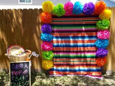 Fiesta-themed party - Decoration For Home Mexican Birthday Parties, Mexican Fiesta Party, Fiesta Theme Party, Festa Party, Party Themes, Party Ideas, Taco Party, Mexico Party Theme, Fiesta Gender Reveal Party