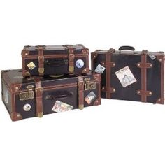 More vintage suitcases...