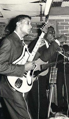 Hubert Sumlin (11/16/1931 - 12/04/2011) was a Chicago blues guitarist & singer.