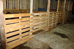 Pallet Horse Stable / Shelter | 101 Pallet Ideas