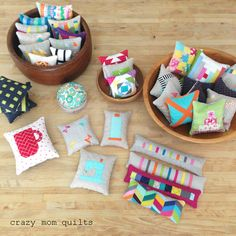 Could you imagine making one pincushion a day for an entire month? Well that is just what Amanda Wolters Nyberg of #CrazyMomQuilts did! She ended up making 36 pincushions during the month of July, and my favorite is the one with the Aurifil thread spool. ;)   To see more, please visit: http://crazymomquilts.blogspot.com/2016/08/the-pincushion-challenge-finale.html
