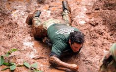 Henry Cavill, getting it done at the Royal Marines' Commando Challenge, 10/08/2016
