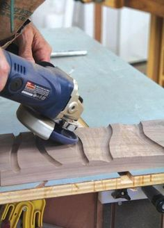 learning woodworking Top 10 Power Carving Tips - Top Ten: Getting into power carving is like opening up an entire new woodworking world. Sculpting and shaping wood in three dimensions is fun, and will leave you with stunning projects that will turn heads. Woodworking Joints, Learn Woodworking, Woodworking Workshop, Woodworking Techniques, Woodworking Furniture, Woodworking Plans, Woodworking Projects, Woodworking Magazine, Canadian Woodworking