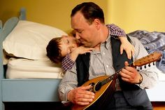 Al Capone singing for his deaf lil son. This scene is pure gold. Al is such a deep character! Nucky Thompson, Empire Season 3, Michael Pitt, Electro Swing, Lounge Music, Steve Buscemi, Al Capone, Boardwalk Empire, Empire Style