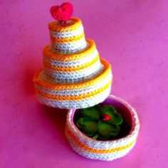 Birthday Cake amigurumi crochet pattern