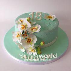 Torta diciottesimo compleanno con orchidee in pasta di zucchero 18 birthday fondant orchids cake