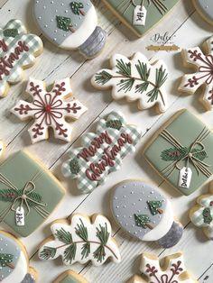 Christmas Sugar Cookies, Christmas Sweets, Christmas Cooking, Noel Christmas, Holiday Cookies, Holiday Baking, Christmas Desserts, Fancy Cookies, Iced Cookies
