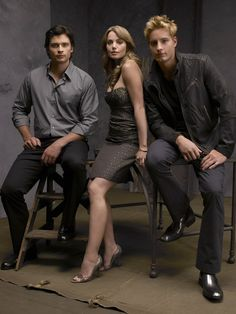 Tom Welling (Clark Kent), Erica Durance (Lois Lane) and Justin Hartley (Oliver Queen/Green Arrow) in Smallville