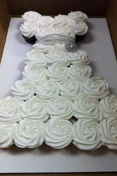 wedding cupcake ideas | Wedding dress cupcakes | gift ideas
