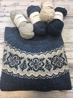 Ravelry 476818679295994390 - Ravelry: Project Gallery for Silver Forest pattern by Jennifer Steingass Source by emmanuelise Fair Isle Knitting Patterns, Sweater Knitting Patterns, Knitting Stitches, Knit Patterns, Hand Knitting, Vintage Knitting, Stitch Patterns, Tejido Fair Isle, Diy Knitting Projects