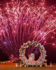 #regram: @strictlyweddings | Photo: @darinimages  Aspectacular firework display!