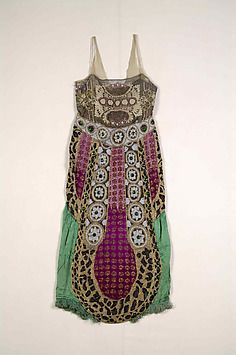 Art Object | The Metropolitan Museum Mobile ca. 1920 , probably French made, consists of metallic, beads, and silk