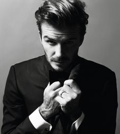 Victoria and David Beckham Pose For Vogue Paris Victoria Beckham Vogue, David Y Victoria Beckham, Victoria And David, David Beckham, Poses For Men, Male Poses, Men Photography, Portrait Photography, Fashion Photography
