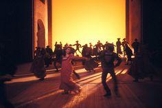 Faust, Fragmentos - primeira parte, Goethe, dir Giorgio Strehler, cenografia Svoboda, Pequeno Teatro de Milão