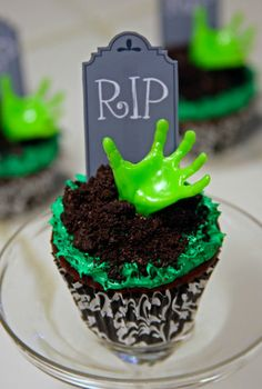 One Epic Zombie Cupcake To Rule Them All. #dessert