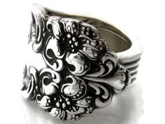 Spoon Ring Size 7 Tiger Lily 1901