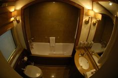 Blue Train (South Africa) - Bathroom | by Train Chartering & Private Rail Cars
