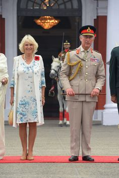 "Prince Charles and Camilla in Dehradun, India on 7 Nov quite dapper. Camilla looks like she's standing on an auction block. prince Charles: "" going once.going three times. Camilla Duchess Of Cornwall, Duchess Of Cambridge, Camilla Parker Bowles, Royal C, Prince Phillip, Herzog, Prince Of Wales, Duke And Duchess, Princess Diana"