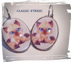 dormeuses argentées cabochon chat kawaii de classic-ethnic sur DaWanda.com