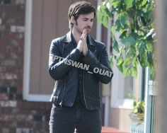 """Colin O'Donoghue - Behind the scenes - 5 * 23 """"An Untold Story"""" - 29 March 2016 Captain Swan, Captain Hook, Hook Ouat, Guy Liner, Killian Jones, Colin O'donoghue, Happy Endings, Best Shows Ever, Once Upon A Time"""